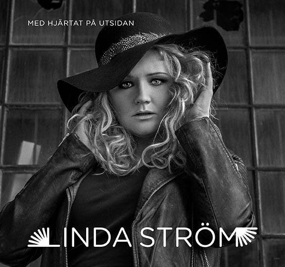 NWT: Linda Ström berör även på svenska